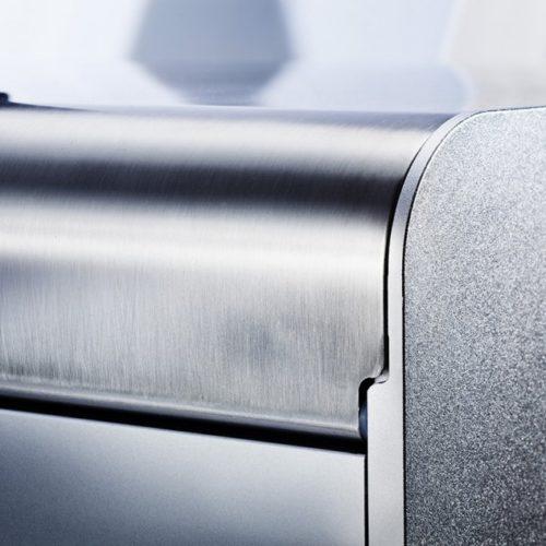 метална основа на етикетен принтер Trojan One